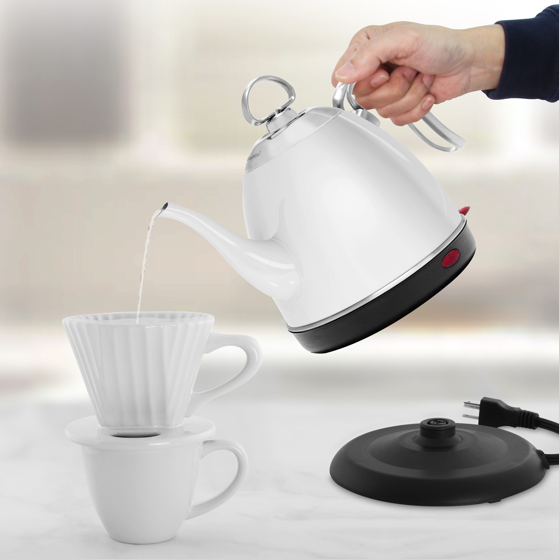 Chantal 32-oz Mia Electric Water Kettle